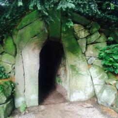 Stone tunnel / grotto